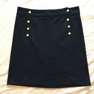 Gap black stretch button skirt